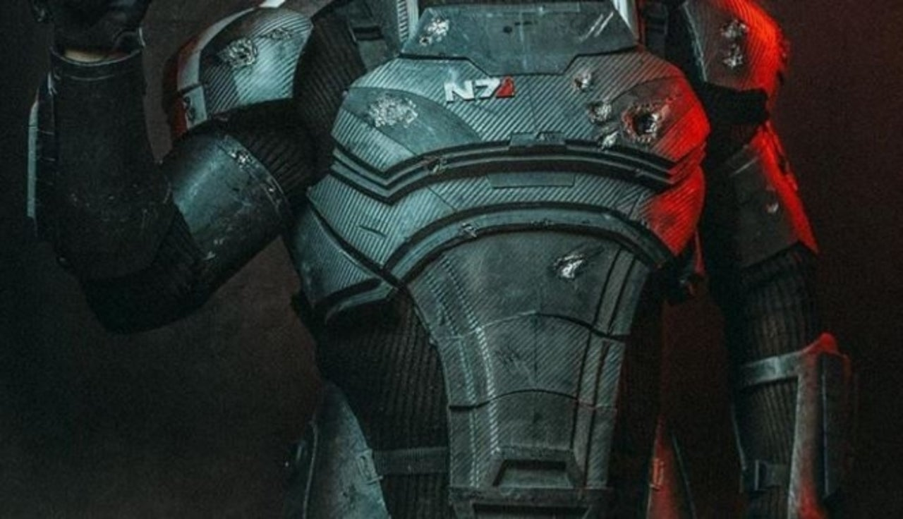 Commander Shepard Comes To Life In This Incredible Mass