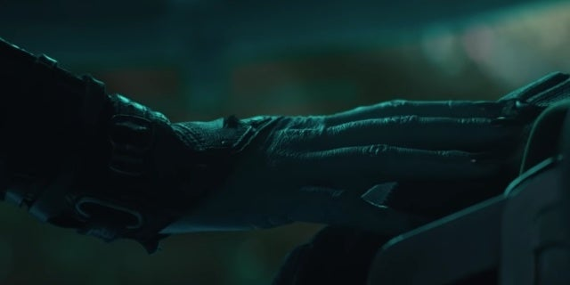 'Avengers: Endgame' Theory Claims It's Not Nebula's Hand on Tony Stark's Shoulder