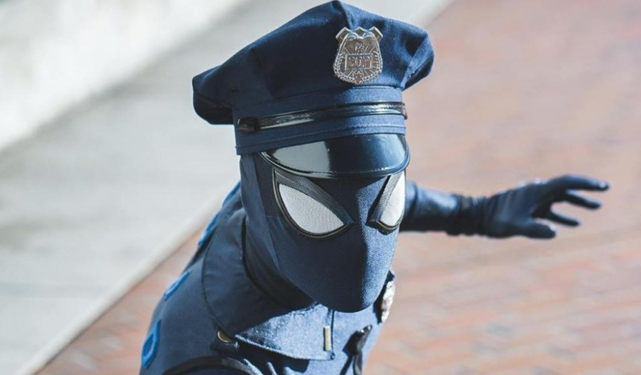 Spider-Cop Is a Godsend Thanks to This 'Marvel's Spider-Man' Cosplay