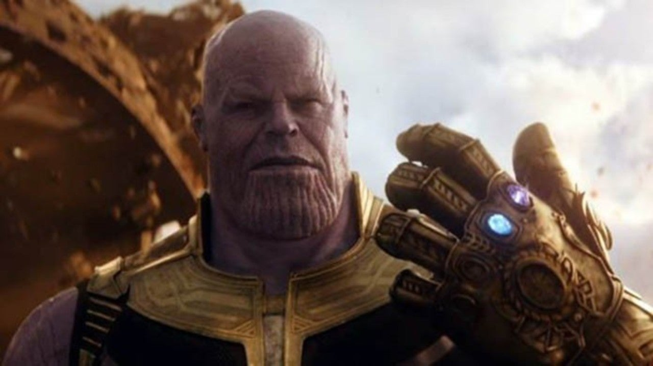 Avengers: Endgame's Josh Brolin Praises Thanos Cosplayer Using Infinity Gauntlet for Rude Gesture