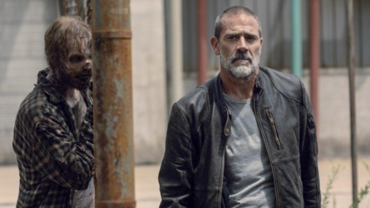 "'The Walking Dead': Jeffrey Dean Morgan Responds to James Woods' ""Bullsh*t"" Sexist Tweet"