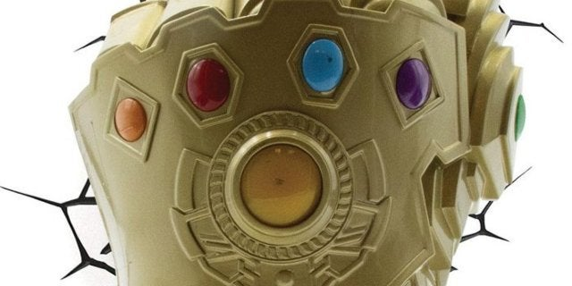 avengers-infinity-gauntlet-3D-wall-light-top