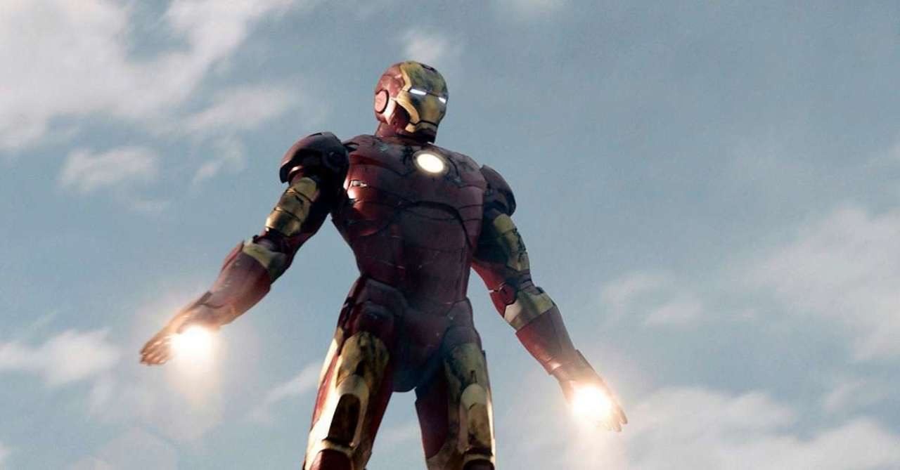 Former Mythbuster Adam Savage Builds Iron Man Suit That Can