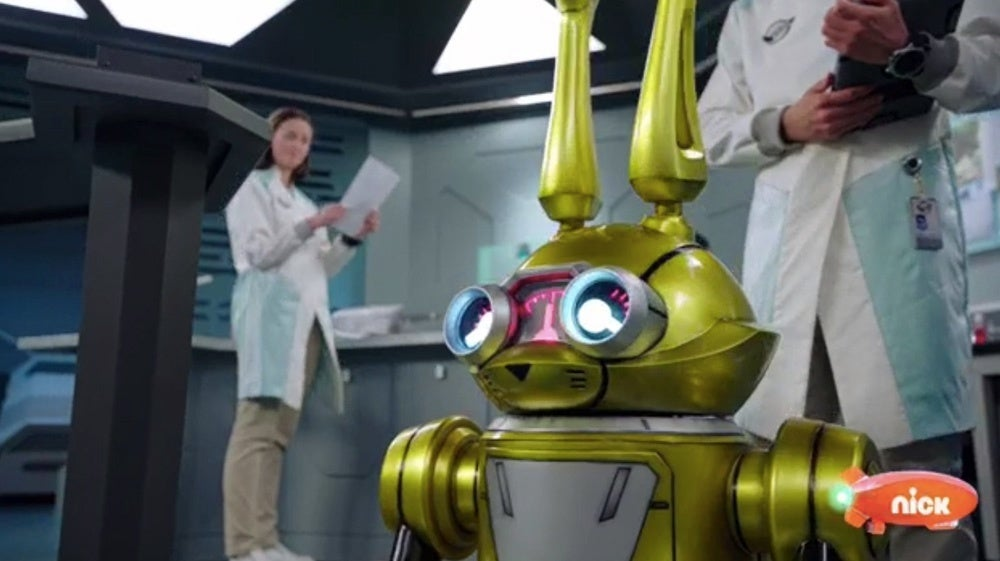 Power-Rangers-Beast-Morphers-Beast-Bots-Debut-2