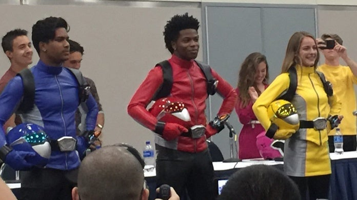 Power-Rangers-Beast-Morphers-Power-Morphicon-Debut-2