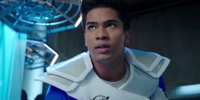 Power-Rangers-Beast-Morphers-Ravi