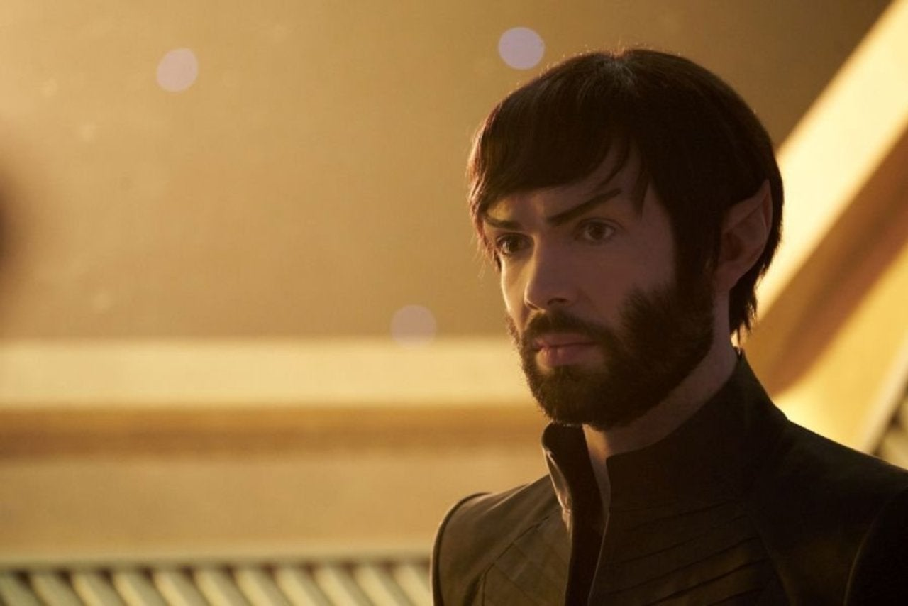 'Star Trek: Discovery' Showrunner Promises Answers to Lingering Canon Questions