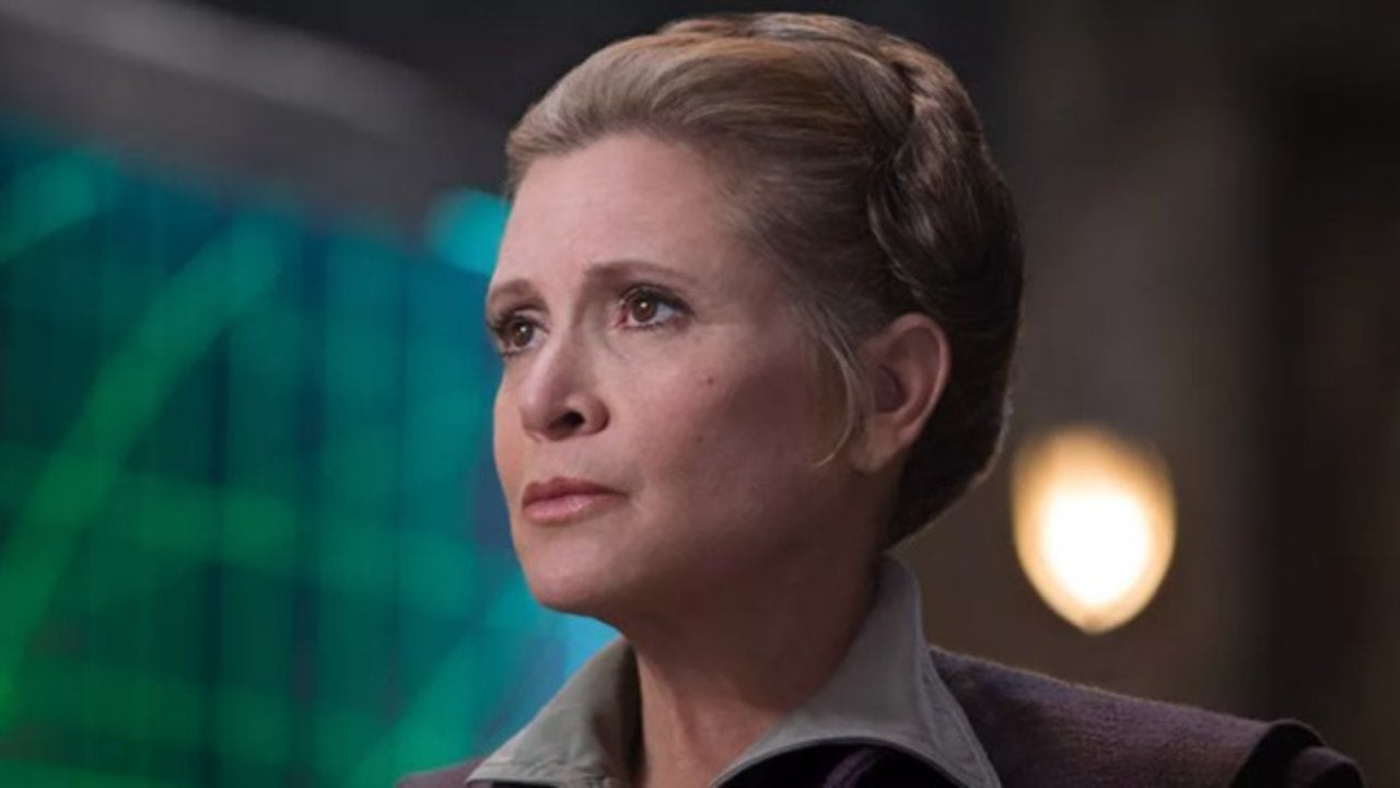 """Star Wars: Mark Hamill Thinks Carrie Fisher Would """"Get a Kick"""" Out of Appearing in 'Episode IX' Posthumously"""