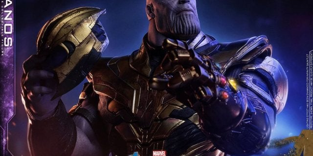 Thanos-Hot-Toys-12