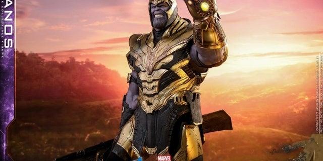 Thanos-Hot-Toys-13