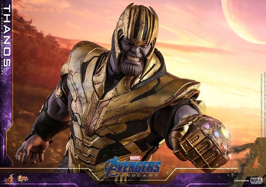 Thanos-Hot-Toys-15