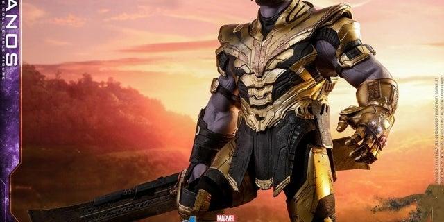 Thanos-Hot-Toys-16