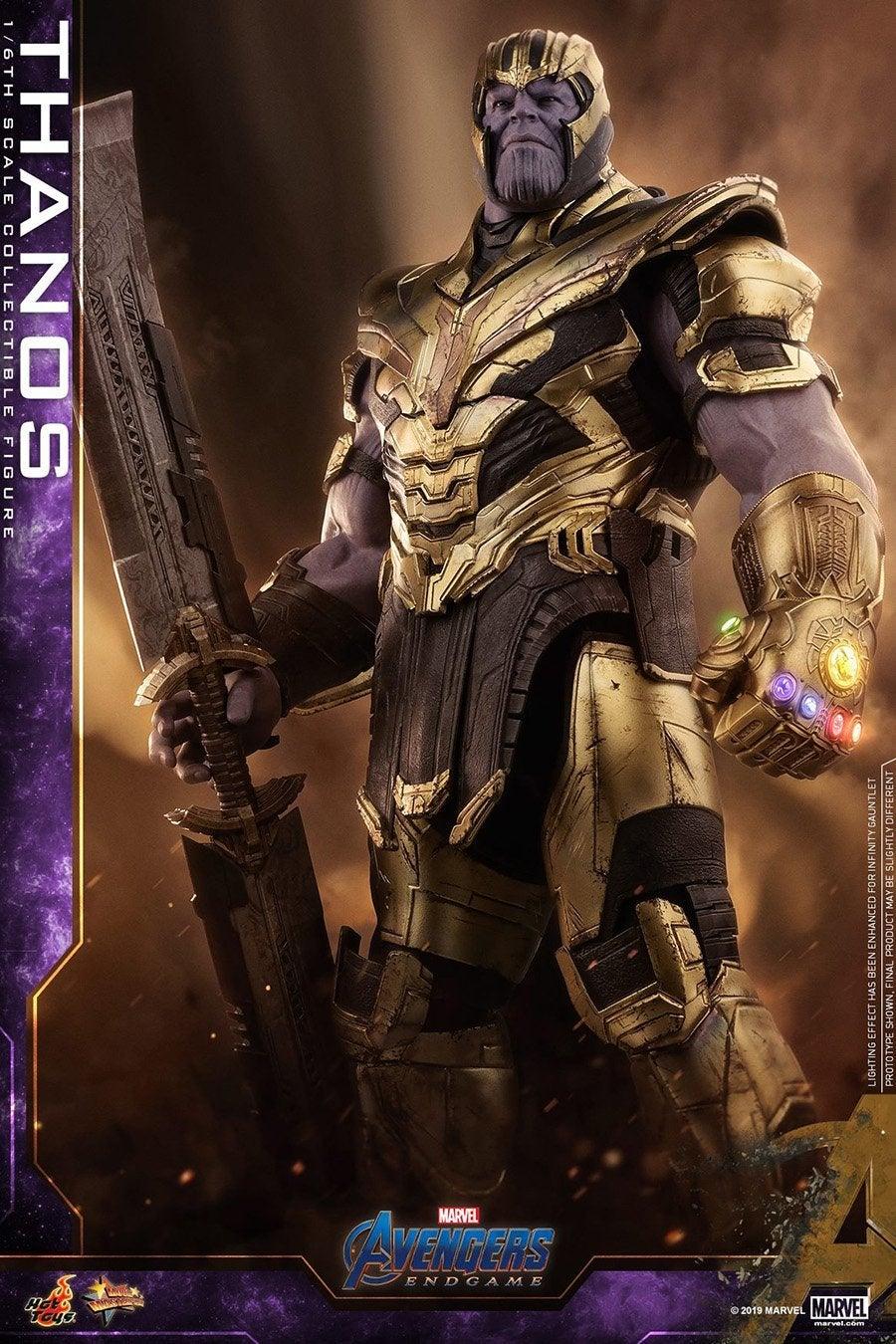 Thanos-Hot-Toys-2