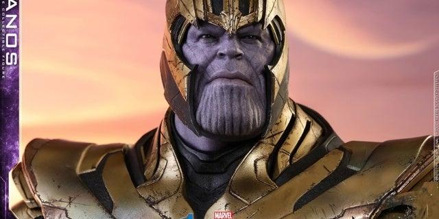 Thanos-Hot-Toys-20