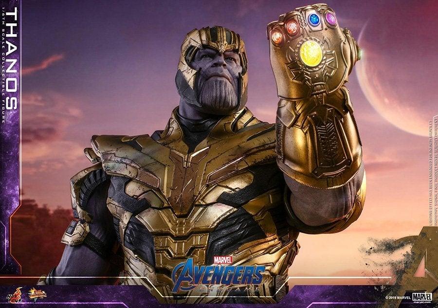 Thanos-Hot-Toys-4