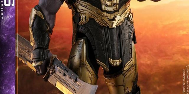 Thanos-Hot-Toys-6