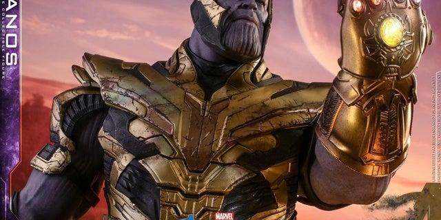 Thanos-Hot-Toys-8