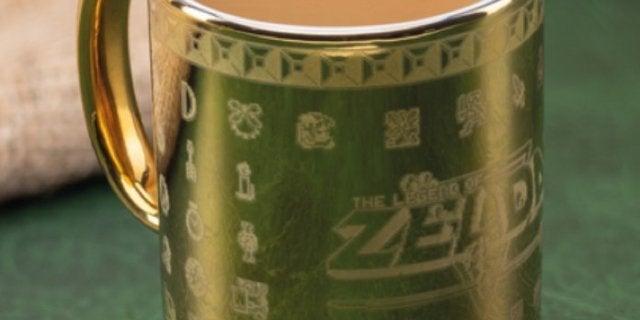 the-legend-of-zelda-gold-cartridge-mug-top