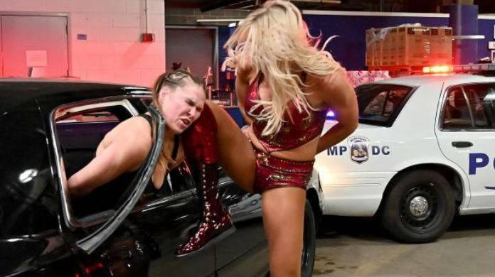Charlotte-Flair-Ronda-Rousey