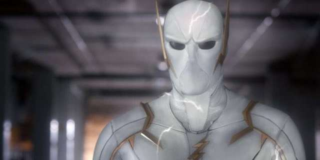 The Flash Set Photos Reveal Return of Godspeed for Season 6