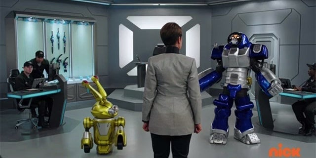 Power-Rangers-Beast-Morphers-Episode-5-Beast-Bots