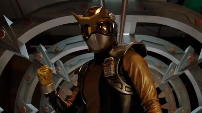 Power-Rangers-Beast-Morphers-Gold-Ranger-First-Look