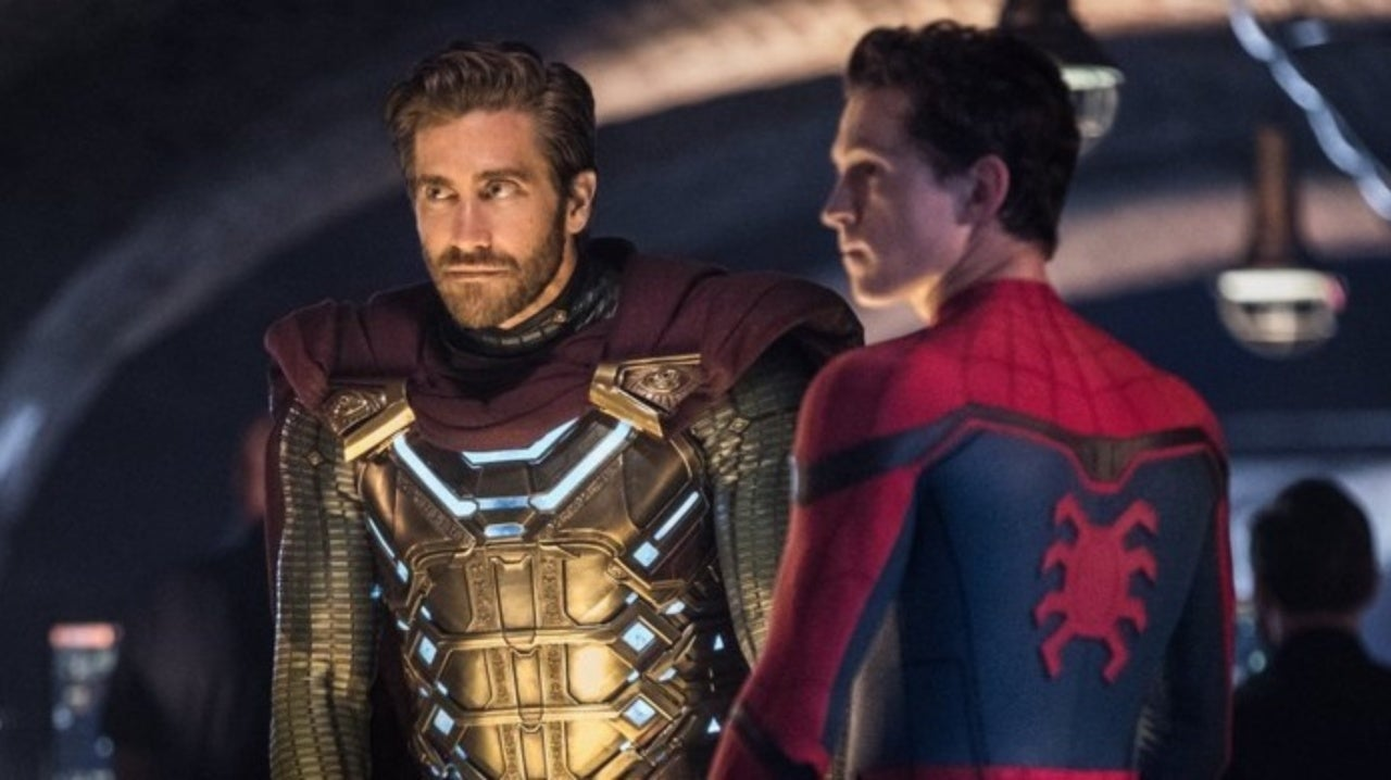 New Spider-Man: Far From Home Clip Shows Peter Bonding With Mysterio