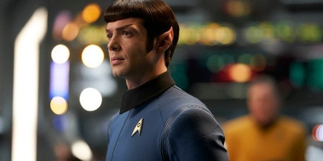 """Star Trek: Discovery's Ethan Peck Hopes for Pike Spinoff So They Can """"Do All This Proper"""""""
