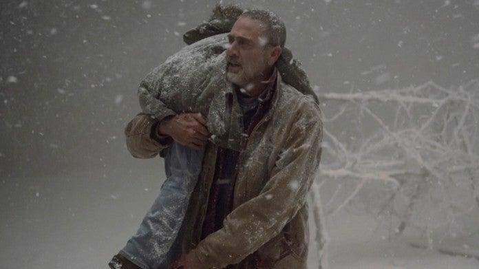 The Walking Dead Negan saves Judith
