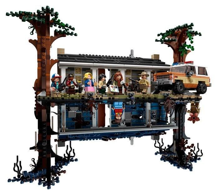 LEGO's Massive Star Wars UCS Imperial Star Destroyer Set