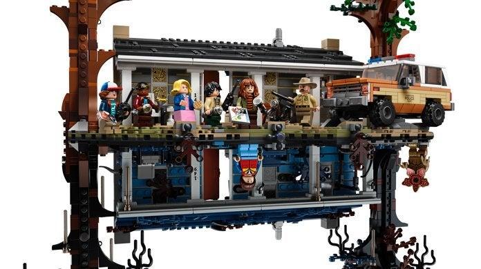 75810_stranger_things_lego_set_top