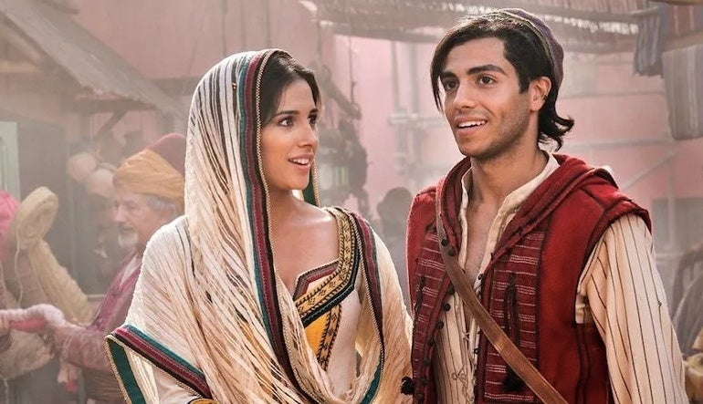 "aladdin jasmine ""title ="" aladdin jasmine ""height ="" 518 ""width ="" 900 ""data-item ="" 1172098 ""/>    <figcaption> (Photo: Walt Disney Pictures) </figcaption></figure> <p><strong>  Week Seven <br /></strong><strong>  Friday </strong>: $ 1.77 million <br /><strong>  Weekend </strong>: $ 5.87 million <br /><strong>  Total </strong>: $ 331.48 million </p> <p>  An exciting and vibrant live Aladdin <em> Aladdin [19459005StrongingHistoryAndPrettySchoolantStrabbyAladdindermutigenandself-determinedPrincessJasmineandtheirKeystheKeyfortheFuture</p> <p>  <em> Aladdin </em> is directed by Guy Ritchie, written by John August and Ritchie based on Disney's animated feature of the same name Smith, Mena Massoud, Naomi Scott, Marwan Kenzari, Navid Negahban, Nasim Pedrad, Billy Magnussen, and Numan Acar. </p><div><script async src="