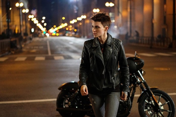batwoman motorcycle ruby rose