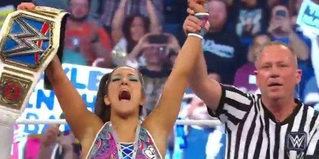 Bayley-SmackDown-Womens-Championship-MITB