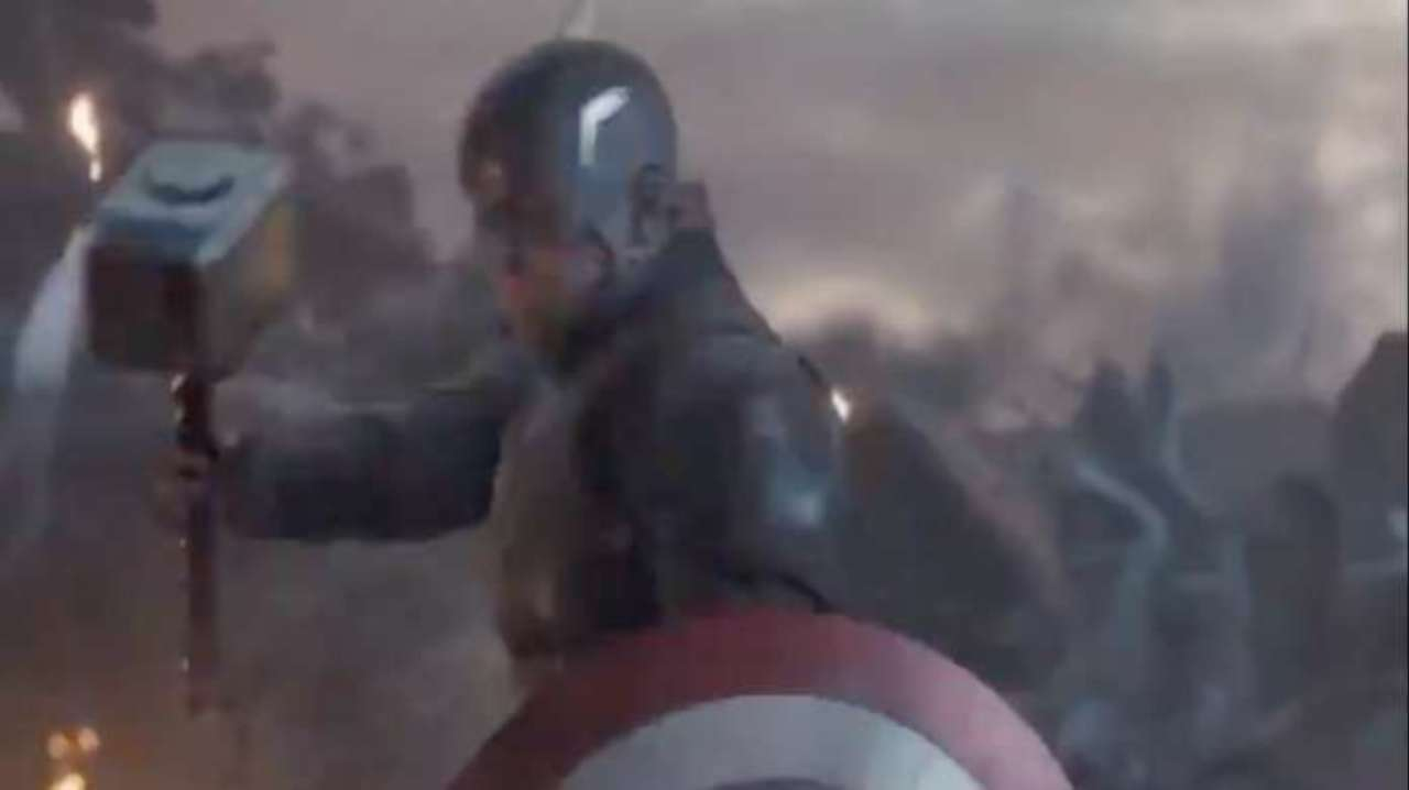 Marvel Releases Official Avengers: Endgame Photo of Captain America Wielding Mjolnir