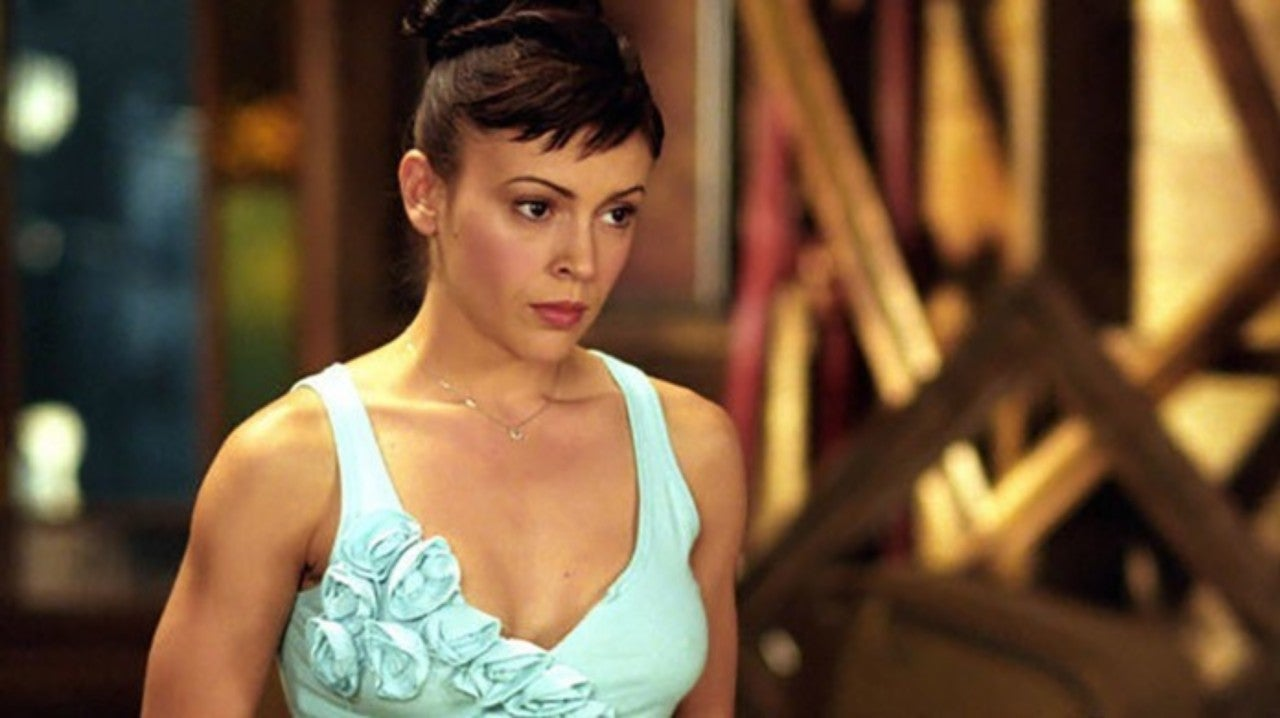 "Alyssa Milano Leaked Photos alyssa milano slams ""disrespectful"" charmed reboot"