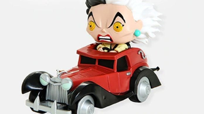 disney-funko-cruella-in-car-hot-topic-pop-rides-top
