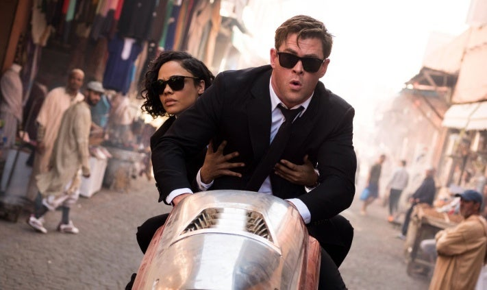 men in black chris hemsworth tessa thompson