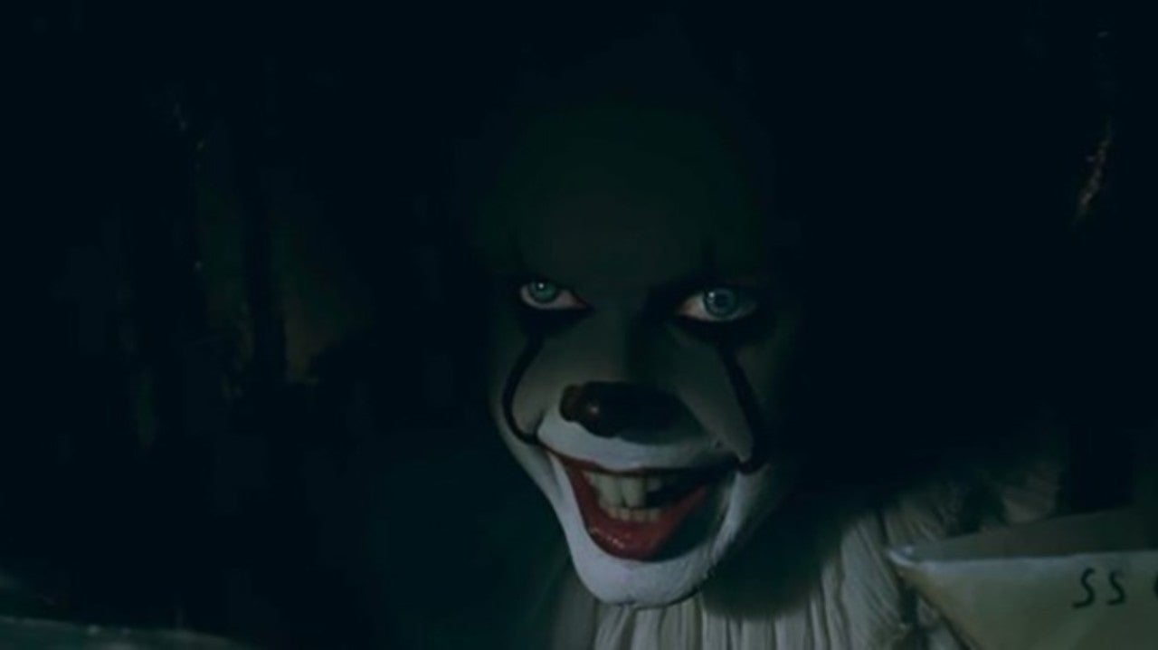 IT: Chapter Two Star Compares Completing His Role as Pennywise to an Exorcism