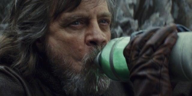 Star Wars: The Last Jedi Director Rian Johnson Praises the Green Milk at Disneyland's Galaxy's Edge