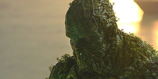 swamp thing dc universe photos cover