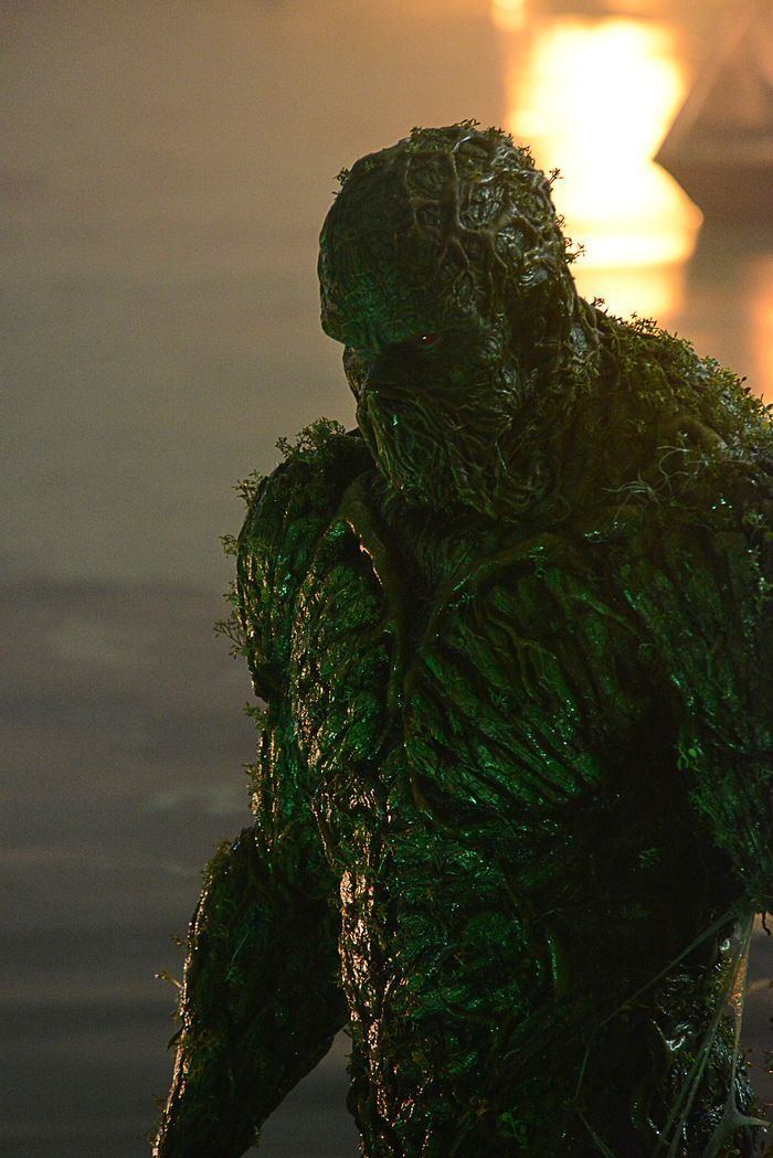 swamp-thing-dc-universe-pilot-3