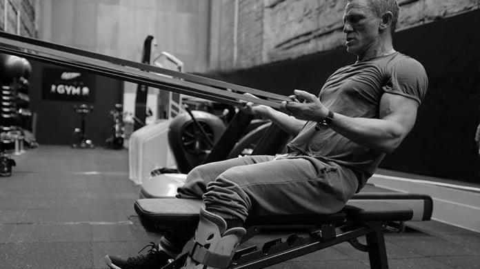 bond-25-daniel-craig-resumes-filming