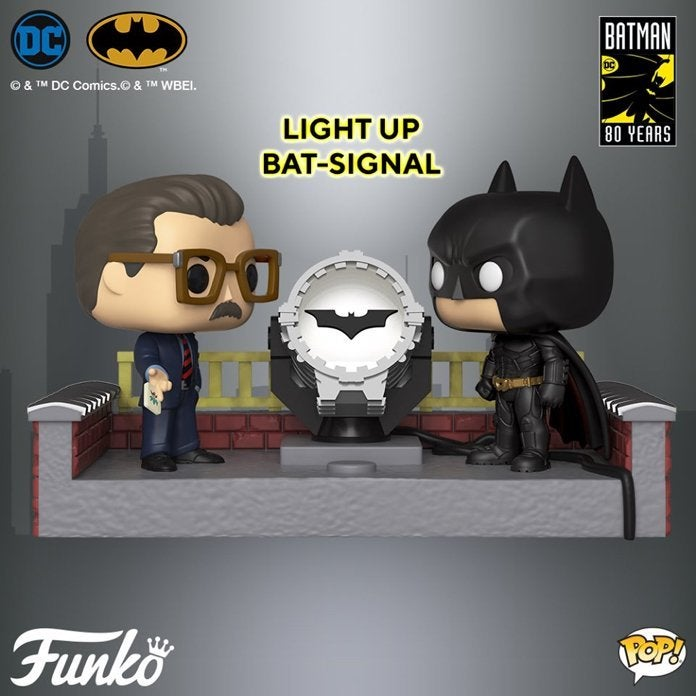 funko-batman-movie-moment-light-up-bat-signal