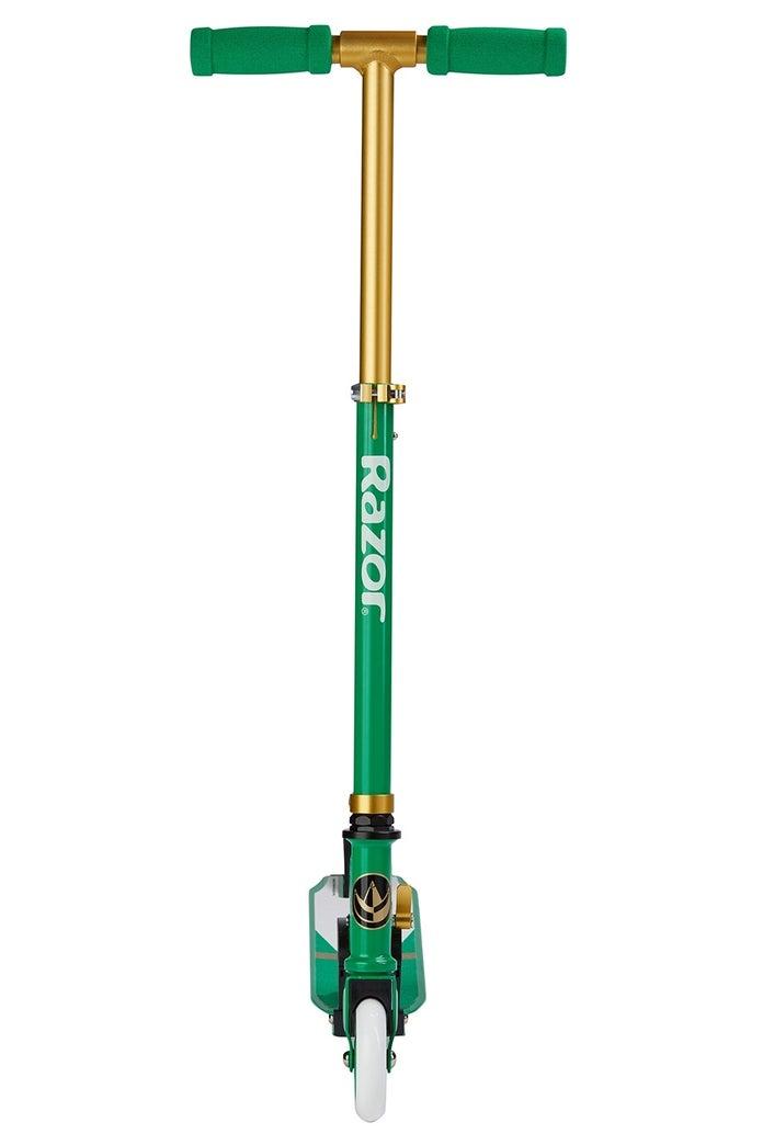 Hasbro-Power-Rangers-Green-Ranger-SDCC-Razor-Scooter-Front