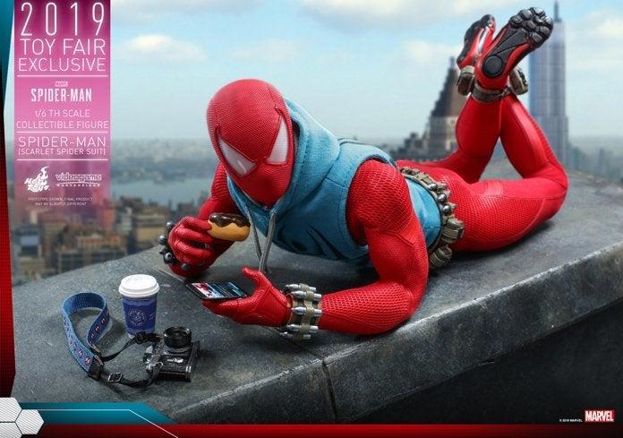 Hot Toys - Marvel Spider-Man - Spider-Man (Scarlet Spider Suit) collectible figure_PR1