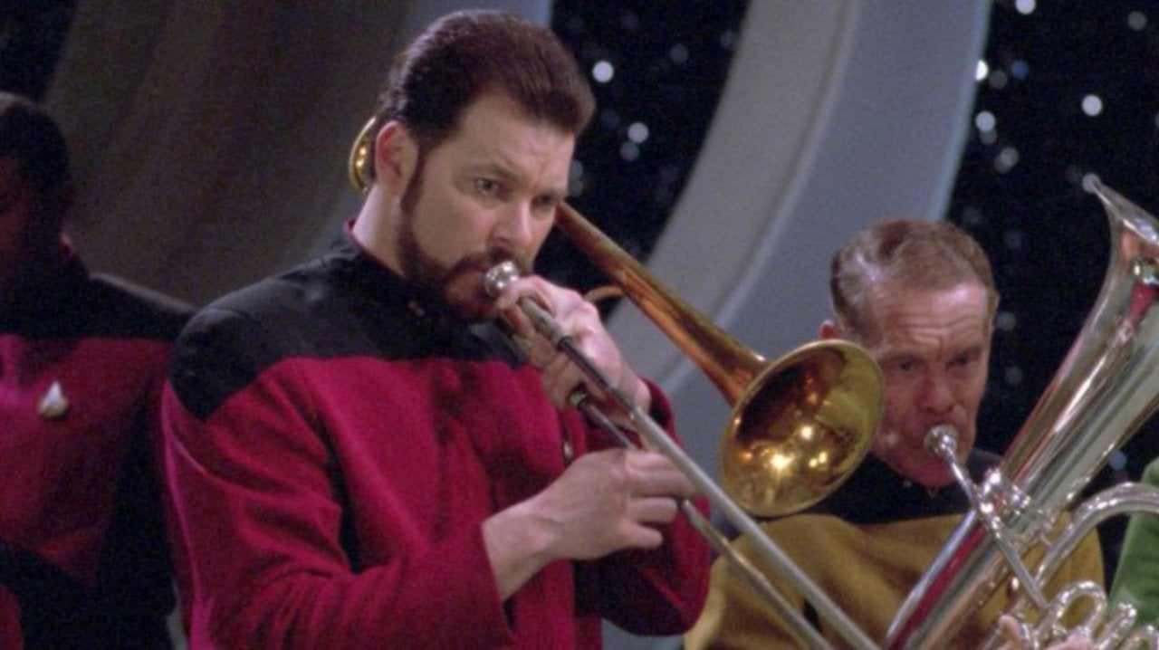 Star Trek: Picard: Is Jonathan Frakes Teasing a Return as Riker?