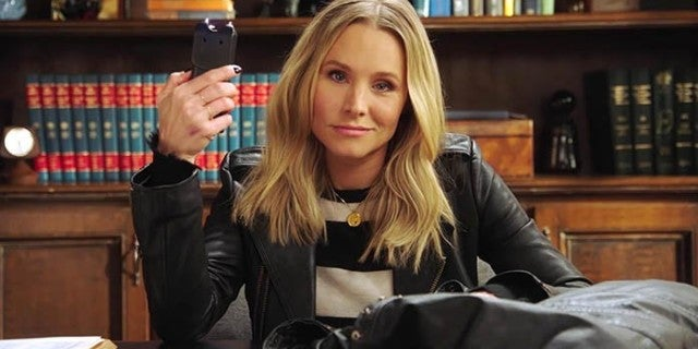 Veronica Mars Season 4 Review: Dark, Moody, and A Little Bit Jarring