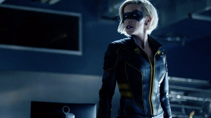 arrow black canary laurel lance new costume