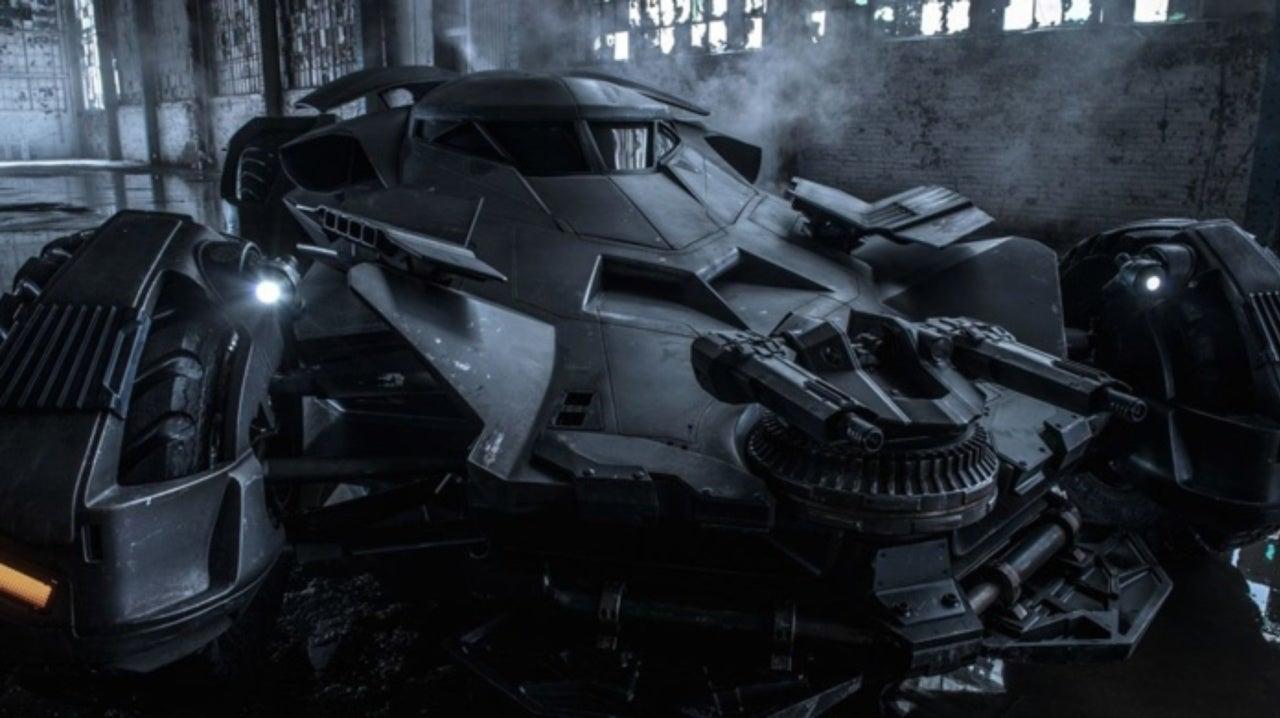 Concept Artist Teases Involvement In Redesigning Batmobile For Matt Reeves